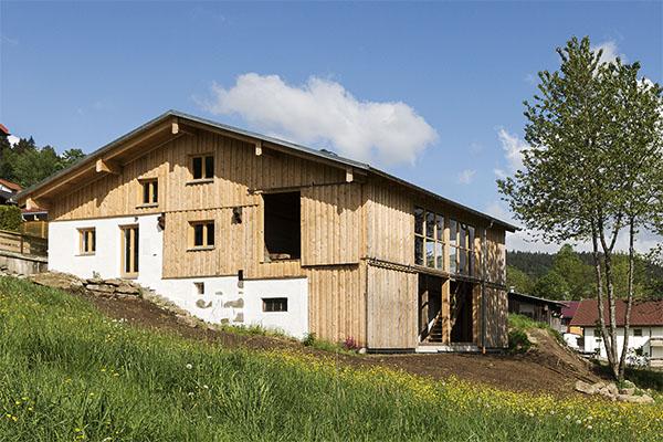 Bayerischer holzbaupreis zum neunten mal vergeben for Bauernhaus modern